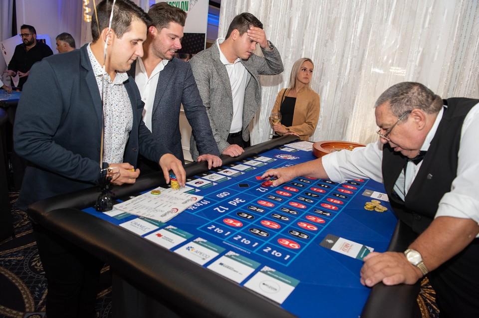 Casino_poker_2019_1900