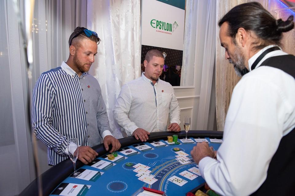 Casino_poker_2019_2088