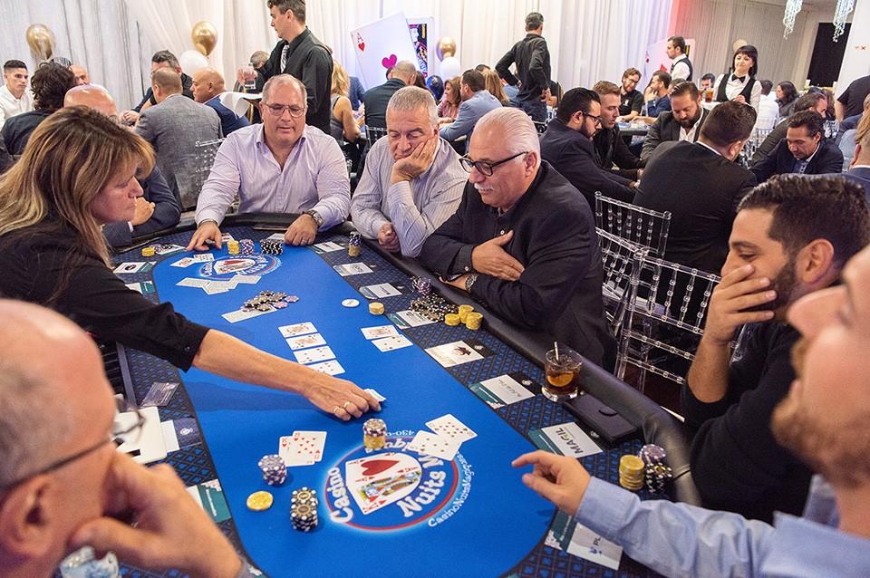 Casino_poker_2019_2200