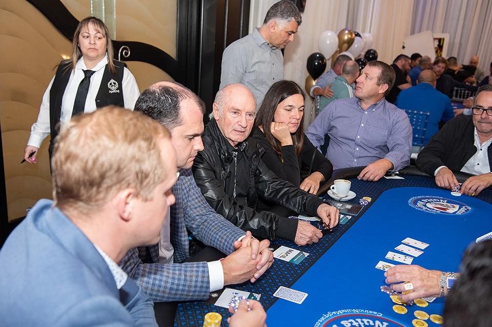 Casino_poker_2019_2445