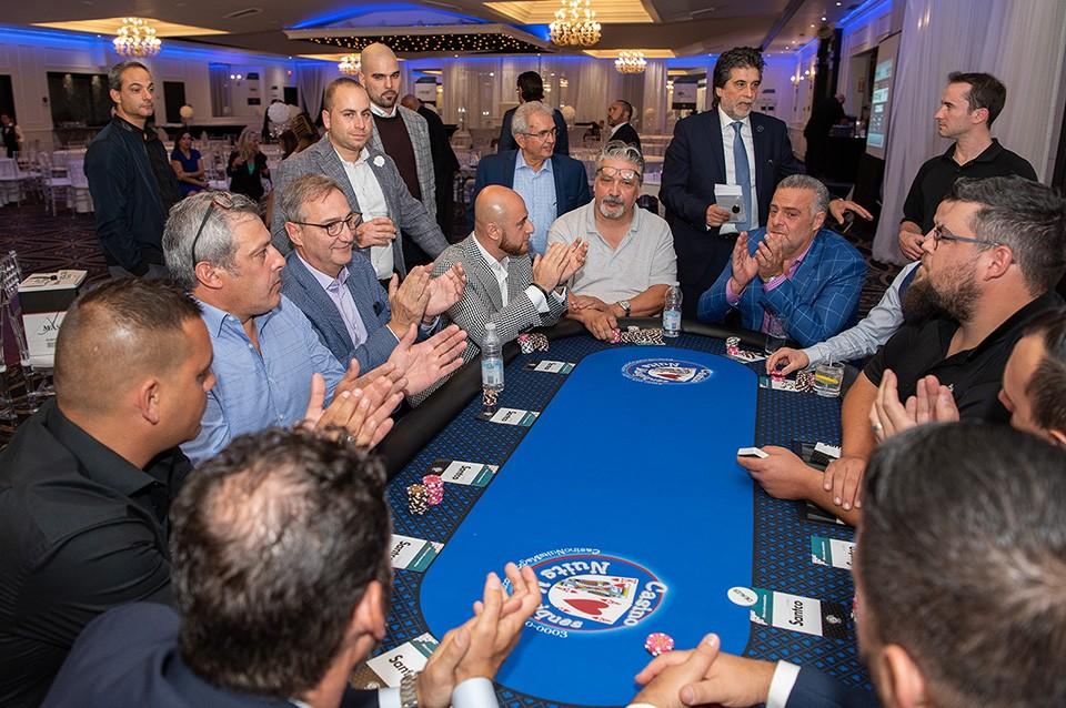 Casino_poker_2019_2561
